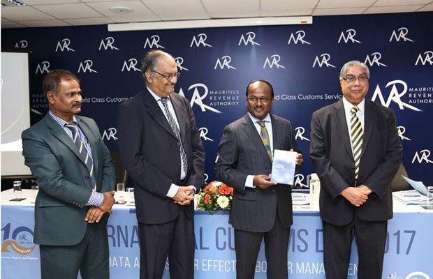 MAURITIUS: From left to right: Mr. Vivekanand Ramburun, Director, MRA Customs, Mr. Dev Manraj, Chairman, Financial Services Commission, Honourable Dharmendar Sesungkur, Minister of Financial Services, Good Governance and Institutional Reforms (Chief Guest) and Mr. Sudhamo Lal, Director General, Mauritius Revenue Authority