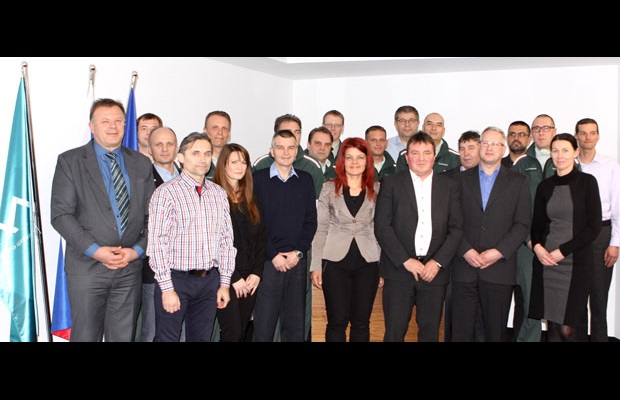 SLOVENIA: Ms Jana Ahčin, Director General of the Financial Administration of Slovenia awarded 19 officers for their outstanding work in the field of data analysis and risk management.