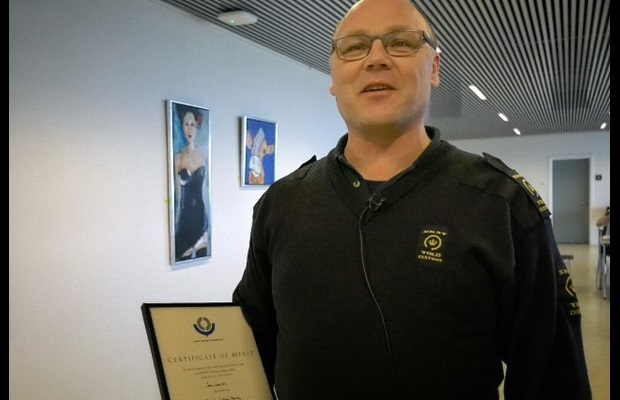 DENMARK : As part of its ICD 2019 celebrations, the Danish Customs Agency honoured two Customs officials by awarding them WCO Certificates of Merit.