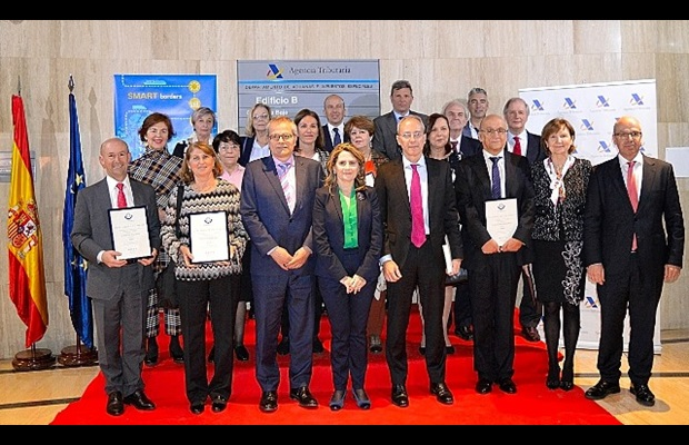SPAIN : The ICD 2019 celebrations were jointly chaired by the Director General of Customs and the Director General of the Tax Agency, during which they recognized the outstanding achievements of some Spanish Customs officers, and also awarded a WCO Certificate of Merit to the Spanish Maritime Rescue and Safety Society for its ongoing collaboration with Customs; two books on the History of Customs, written by a retired Customs officer, were presented as part of the celebrations.