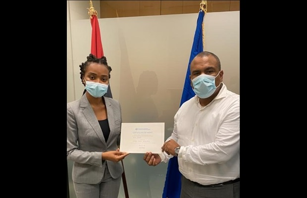ANGOLA : On the occasion of ICD 2021 celebrations, the Angola Revenue Administration awarded WCO Certificates of Merit to Customs officials for their key contribution to the annual theme on sustainable supply chain.