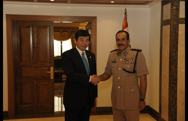 WCO Secretary General Kunio Mikuriya and Inspector General of Oman Police and Customs, Mr. Hassan bin Mohsin Al-Shraiqi