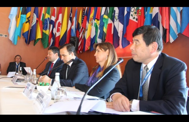 From right to left: Mr. Mikuriya, WCO Secretary General, Ms. Teresa Medina of the Mexican Revenue Service, Chair of the Conference, Mr. Jorge Flies, Governor of the Magallanes and Chilean Antarctic Region and Mr. Gonzalo Pereira, Head of Chile Customs.