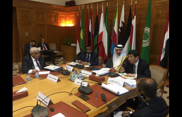 WCO SG, Kunio Mikuriya, addressing the regional meeting in the presence of the President of Bahrain Customs and WCO Vice-Chair for MENA region, Ahmed Alkhalifa.
