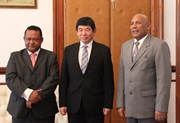 The Prime Minister of Madagascar, H.E. Jean Omar Beriziky, in the company of the Secretary General of the WCO, Kunio Mikuriya, and the Director General of Customs, Vola Razafindramiandra