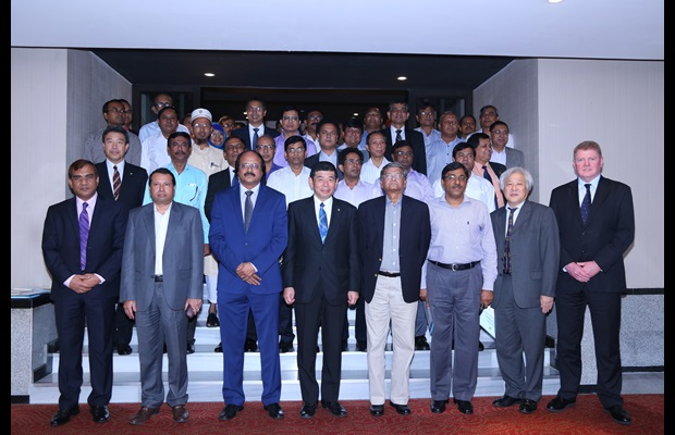 Group photo of the national launch ceremony in Bangladesh
