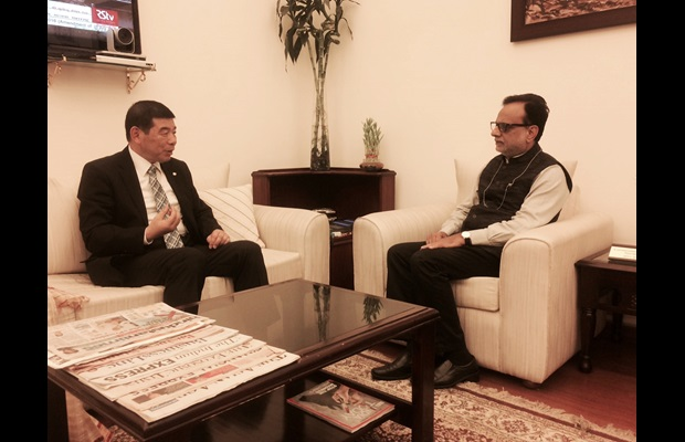 Dr. Mikuriya during his meeting with India's Revenue Secretary, Dr. Hasmukh Adhia