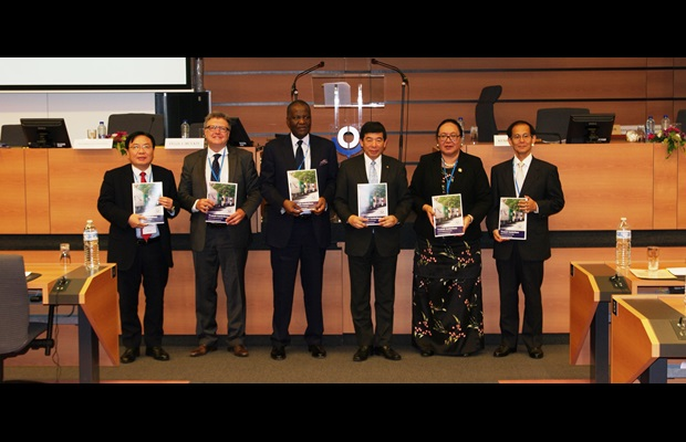 Launching of new Transit Guidelines at the Global Conference on Transit