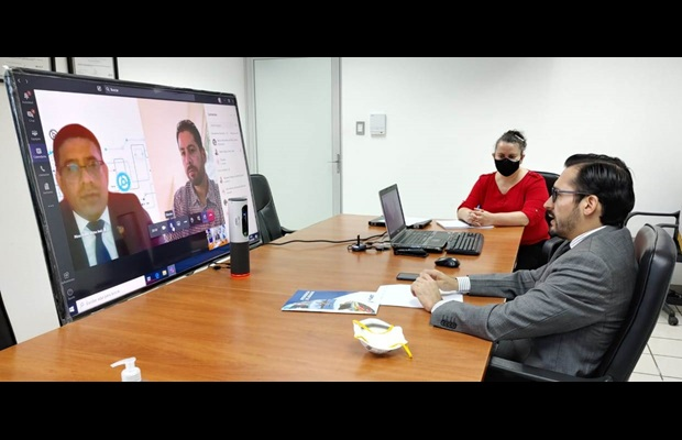 WCO DSG, Ricardo Treviño Chapa, and Director General of Guatemala Customs, Werner Ovalle, during their virtual meeting on 21 July 2020