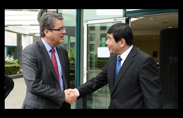 WTO Director-General Roberto Azevêdo visits the World Customs Organization