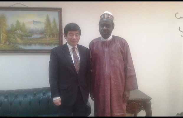 WCO Secretary General Kunio Mikuriya with the Assistant Secretary General of the Organization of Islamic Cooperation (OIC), Ambassador Hameed Opeloyeru