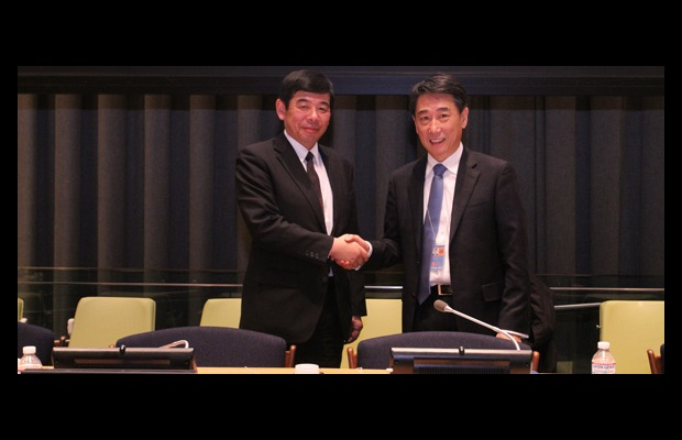 Secretary General Kunio Mikuriya and Ambassador Joon, Ambassador and Permanent Representative of the Republic of Korea to the United Nations in New York and Chair of the UN 1540 Committee