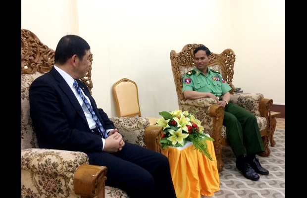 WCO Secretary General Dr. Kunio Mikuriya and Deputy Minister for Home Affairs Major General Aung Soe