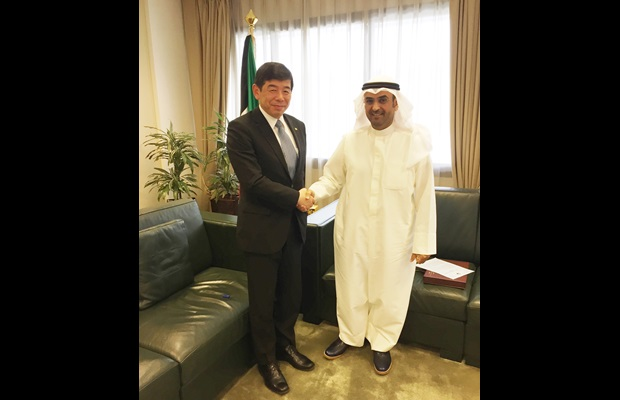 WCO Secretary General Kunio Mikuriya meeting with the Minister of Finance of Kuweit Nayef al-Hajra