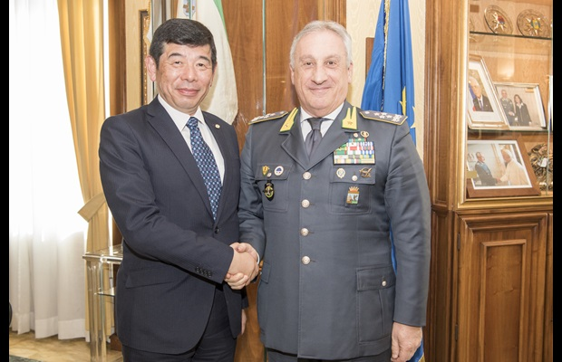 Dr. Kunio Mikuriya, WCO Secretary General, and Mr. Giorgio Toschi, General Commander of the Guardia di Finanza
