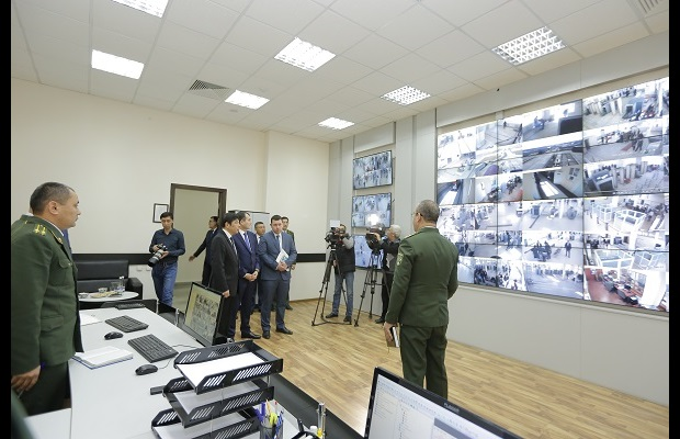 WCO Secretary General during his visit of the highway logistic center on the outskirts of Tashkent