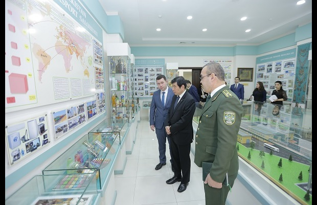 And here during his visit of the Customs Museum
