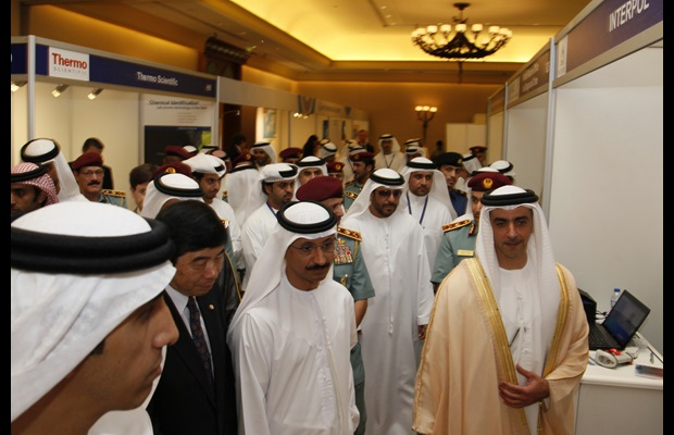 Secretary General Mikuriya visiting the IT Exhibition along with His Highness, Lieutenant General, Sheikh Saif Bin Zayed Al Nahyan, Deputy Prime Minister of the United Arab Emirates and Minister of Interior and with colleagues from Dubai Customs