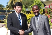 WCO Secretary General Kunio Mikuriya and the Malawi Minister of Industry and Trade, The Hon Sosten Gwengwe, MP
