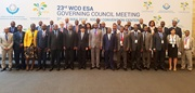 In the centre, WCO Secretary General Dr. Kunio Mikuriya, the Hon. Prime Minister of Rwanda, Dr. Edouard Ngirente, and the ESA regional Vice-Chair, Mr. Dicksons Kateshumbwa, together with the entire Governing Council