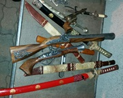 Ancient swords, pistols, knives, a rifle and a painting seized by Serbian Customs in 2017. Copyright: Serbian Customs