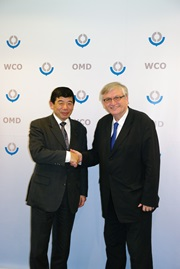 Visit of the WCO by Mr. J. Würtenberger, Director General of German Customs, on Monday 4 November 2013 to discuss on a range of topics with Secretary General Kunio Mikuriya