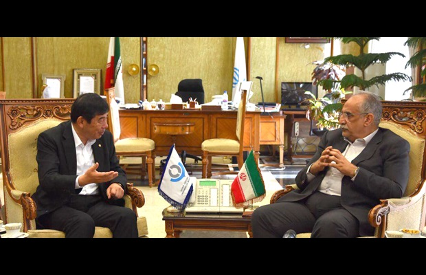 Meeting between WCO SG, Dr. Mikuriya and the minister of Economic Affairs and Finance, Dr. Karbasian