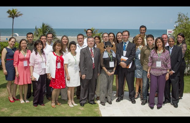 Group picture at the XIth Annual Meeting of National Contact Points in Cartagena de Indias, Colombia, on 2 October 2013