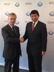 The WCO Secretary General, Kunio Mikuriya, with the Director-General of the European Union (EU) Joint Research Centre (JRC), Dominique Ristori, on Monday 21 October, 2013