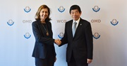 WCO Secretary General Kunio Mikuriya welcomed OIE Director General Monique Eloit at the occasion of the opening of the WCO Permanent Technical Committee meeting