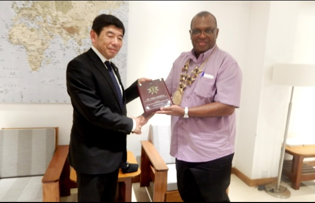 During his visit to Santo Island, Secretary General Mikuriya was received by the Minister of Finance, H.E. Mr. Gaetan Pikioune, who introduced him to the economic and export hub of the country