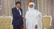 Dr. Mikuriya meeting the Prime Minister of Niger, H.E Brigi Rafini